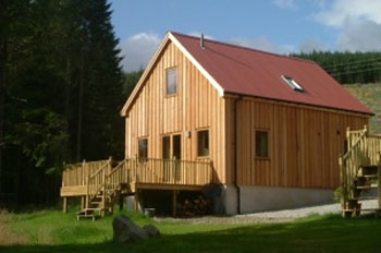 Strathdon Lodges - Self catering